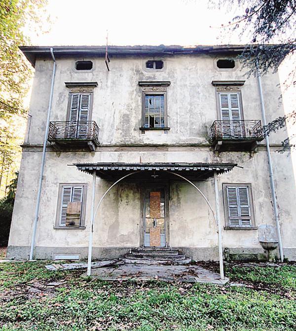Ultime Notizie: Lecco: Villa Ponchielli hotel dei disperati