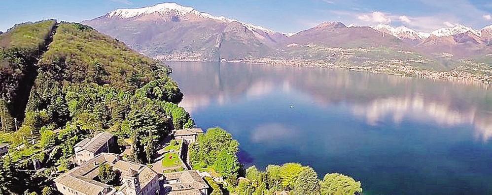 In canoa all abbazia di piona parte il noleggio del for Noleggio di cabine per lago