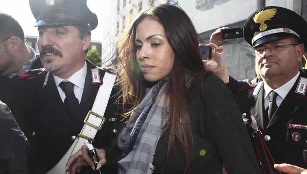 Ruby ter, rinviate a giudizio Karima e senatrice Rossi