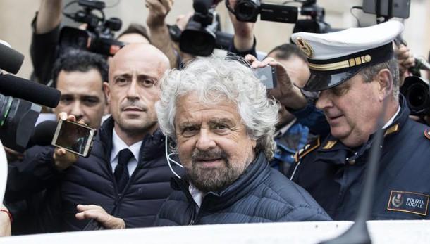 Renzi: ricostruiremo tutto Grillo: pronti a collaborare