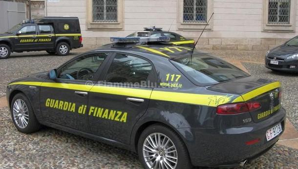 Sesso per una casa popolare, arrestato funzionario nel Milanese