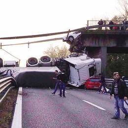 «Non possiamo restare  senza il viadotto»