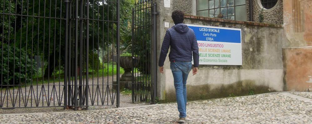 Ripetizioni gratis in pi materie erba il porta aiuta gli - Liceo carlo porta erba ...