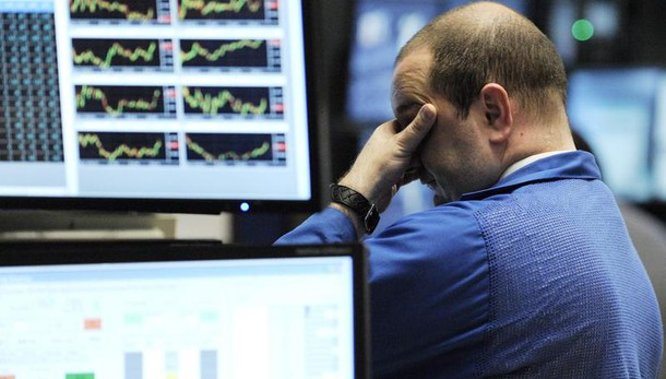 Borsa: Milano riduce perdite, (-1,6%)