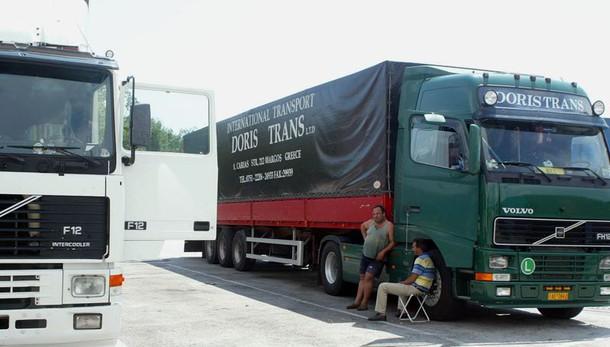 Omicidio all'autoporto, fermati due camionisti russi