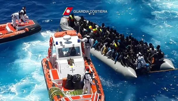Naufragio con 700 migranti morti, condannati i due imputati