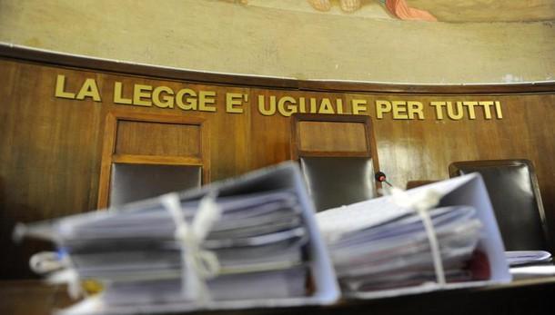 Tangenti: arrestati a Milano 3 giudici tributari e un imprenditore (2)