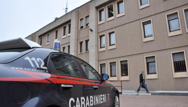 Mazzette dai clan per informazioni riservate, scoperti due carabinieri