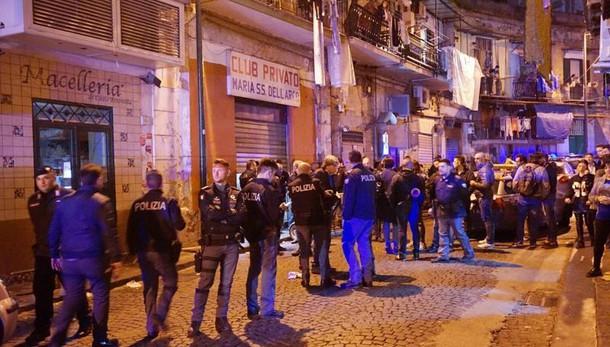 Napoli, un uomo arrestato per duplice omicidio