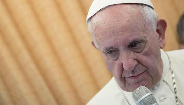Papa su attentati in Turchia: il Signore converta i cuori dei violenti