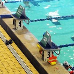 Un tuffo nelle piscine di Oggiono  Per i residenti la tariffa è agevolata