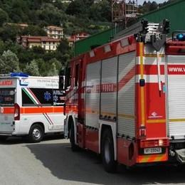 Cade da macchina di quattro metri  Paura a Calolziocorte, ma non è grave