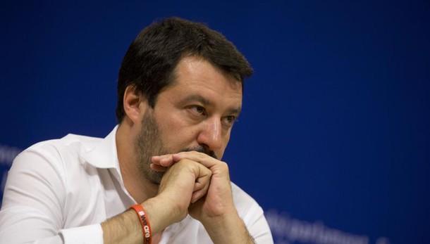 Salvini in divisa, il leader del Carroccio si scontra con Saviano