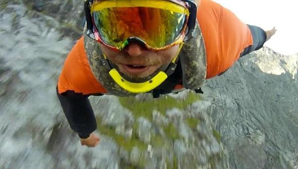 Alexander Polli, basejumper, morto lanciandosi sopra Chamonix