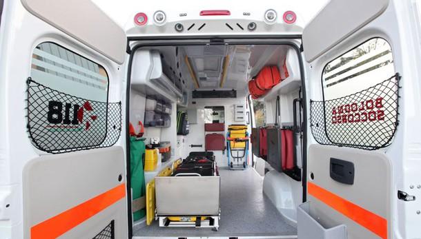 Bologna, ordigno bellico esplode in un garage a Monterenzio: due morti