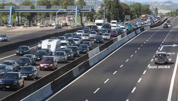 Esodo da bollino nero, primi rallentamenti sulle autostrade