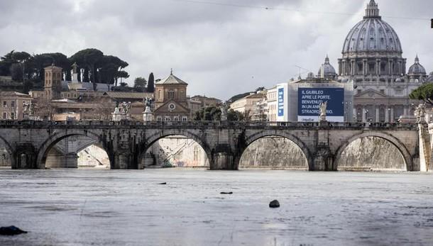 Roma: Osservatore Romano, Capitale in stato di abbandono