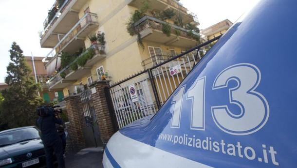 Napoli, agguato nel rione Don Guanella: grave la madre di un pregiudicato
