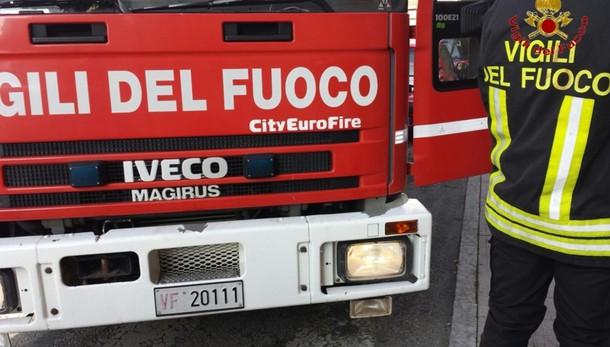 Roma, crolla palazzo a Ponte Milvio: si indaga sulle cause