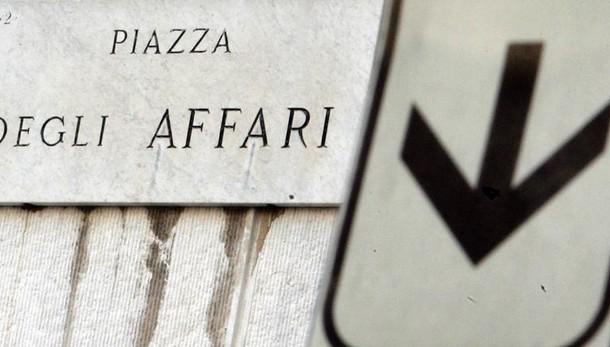 Borsa:Milano prosegue positiva +0,7%