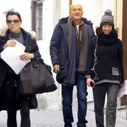 """Barzio in delirio per """"Comedians""""  In paese Claudio Bisio e Matano"""