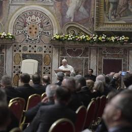 Papa: solidarietà è antidoto a populismo