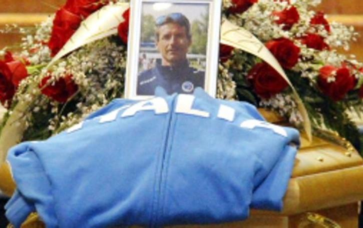 Mandello, addio a un campione  Celebrati i funerali di Cristian Rotta