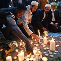 Manchester,   kamikaze anglo-libico  È caccia all'artificiere