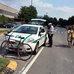 Calolziocorte, il ciclista travolto  non ce l'ha fatta: morto in serata