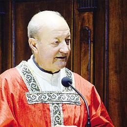L'ordine del parroco di Abbadia  «Forza, tutti a pulire il sagrato»