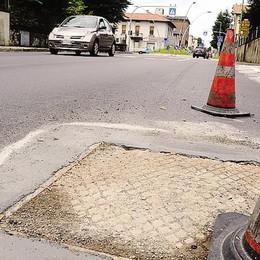 Calolziocorte, lavori sulla ex statale  mancava solo l'asfalto sui tombini
