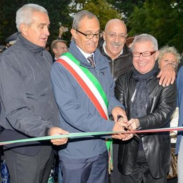 Inaugurato il monumento Libeskind sulla diga. Riguarda la diretta della cerimonia   La galleria fotografica e il video del cantiere