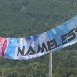 Invasione di giovani   per il Nameless