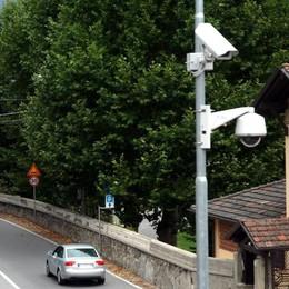 Nuova videosorveglianza  Tre paesi la inseguono