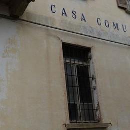 Lega Nord contro sindaco e prefettura  «Ai profughi l'edificio storico più bello»
