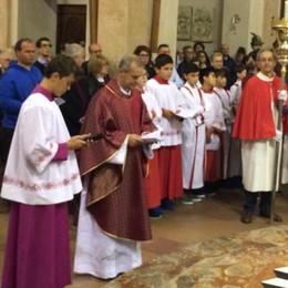 Don Renato Cameroni a Barzanò  Centinaia di persone per il benvenuto