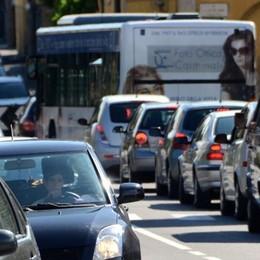 Il semaforo del ponte sull'Adda  Pronto il progetto della rotatoria