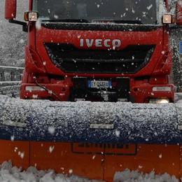 Freddo e neve fanno danni  Sabato di bufera a Bobbio