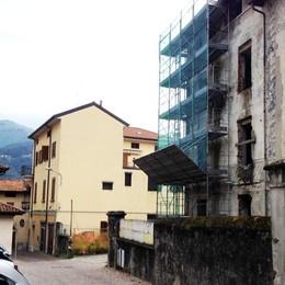 Valgreghentino e Villa San Carlo  Cantieri fermi: «Perse due occasioni»