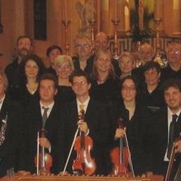 """Introbio, il pubblico va a """"lezione""""  con le corali nella chiesa parrocchiale"""