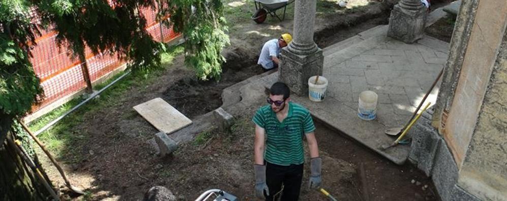 A Ello scoperta una cripta   sotto la chiesina