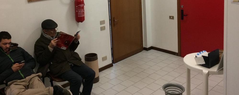 Calco, via due medici di famiglia  Ambulatorio chiuso tra le proteste