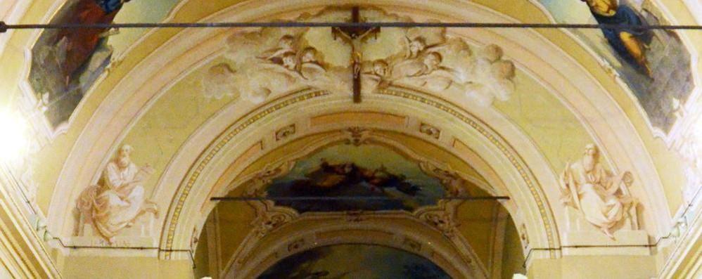 Gli affreschi salvati da un'alga  E la chiesa ritorna a splendere