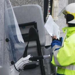 Più di venti chilometri   per consegnare la posta  Il postino non bussa più