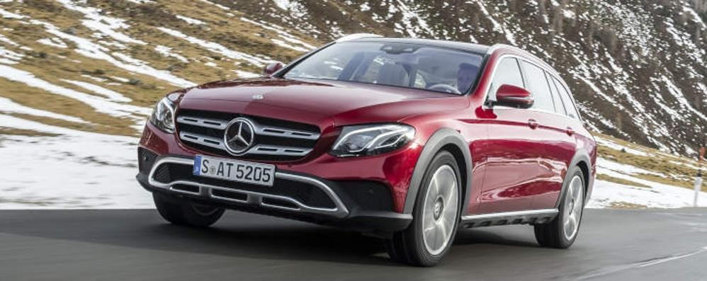 Classe E 4MATIC All-Terrain Mercedes versatile e intelligente
