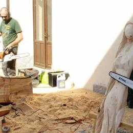 Galbiate, i cedri abbattuti  tornano in vita come sculture