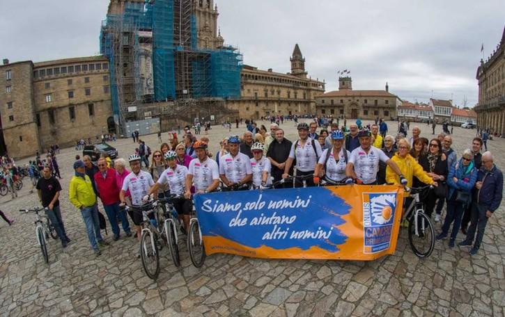 Con la bici fino a Santiago. «Insieme contro i tumori»