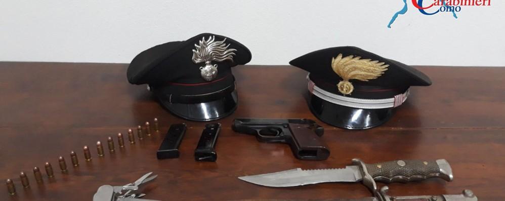 Canzo, arrestato uomo di 50 anni  Aveva una pistola sotto la camicia