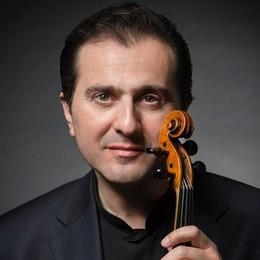 """A Tirano un violino speciale, con  l'anima  Fedeli e   """"The soul of Guarneri"""""""