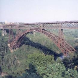 Manutenzione del ponte, che ansia  Il sindaco: «Non abbiamo certezze»